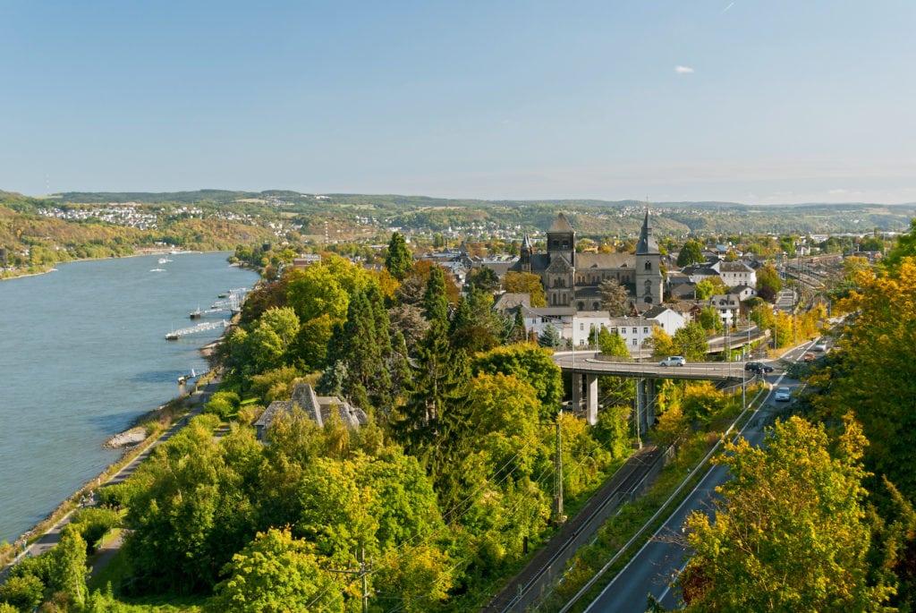 Blick von oben auf Remagen am Rhein