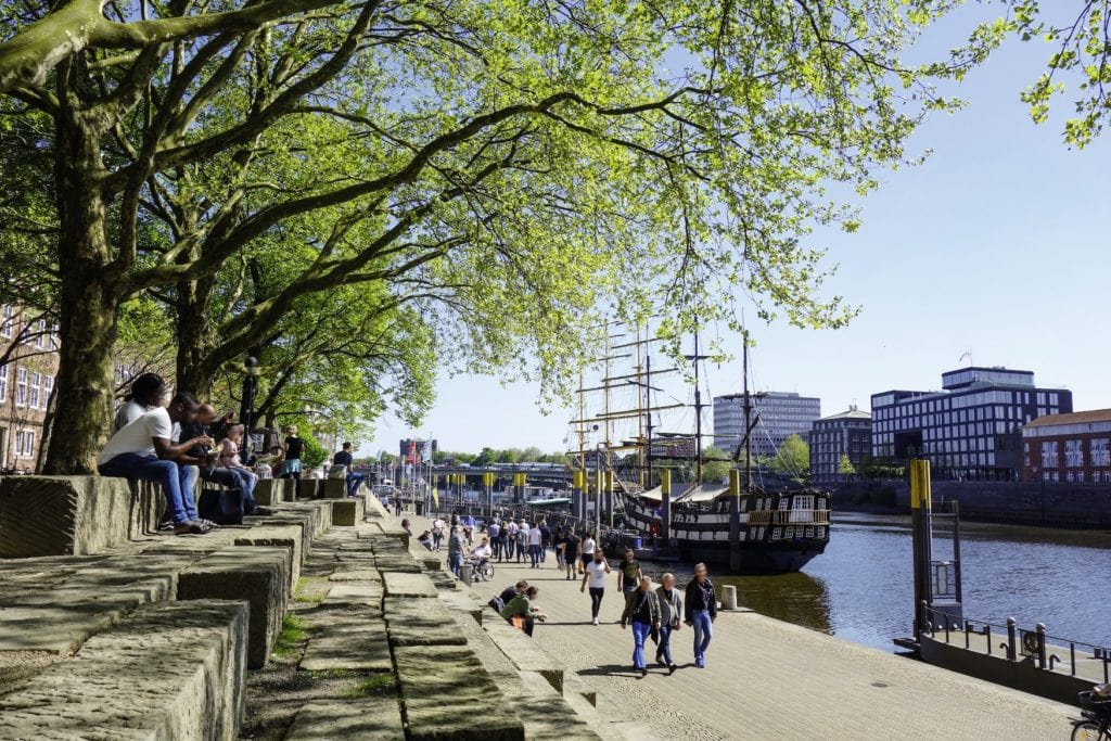 Als Schlachte wird in der Bremer Altstadt die historische Uferpromenade an der Weser bezeichnet.