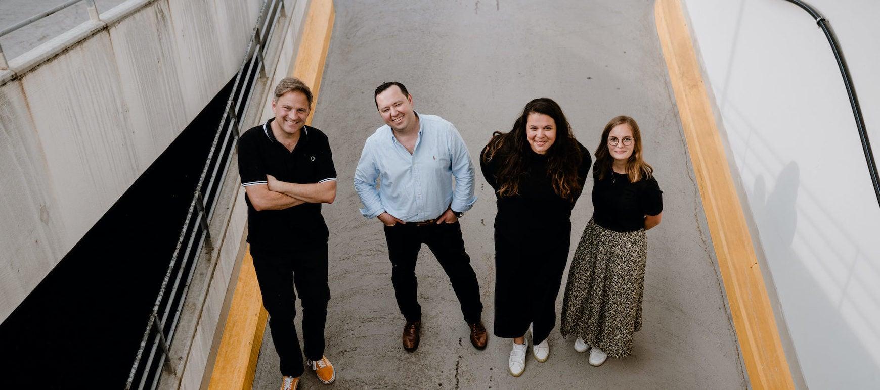 Das Team von funkyGERMANY (von links nach rechts): Ralf Johnen, Scott Crouch, Jennifer Latuperisa-Andresen und Linda Ruckes