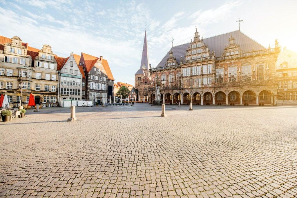 Marktplatz in Bremen bei Sonnenschein