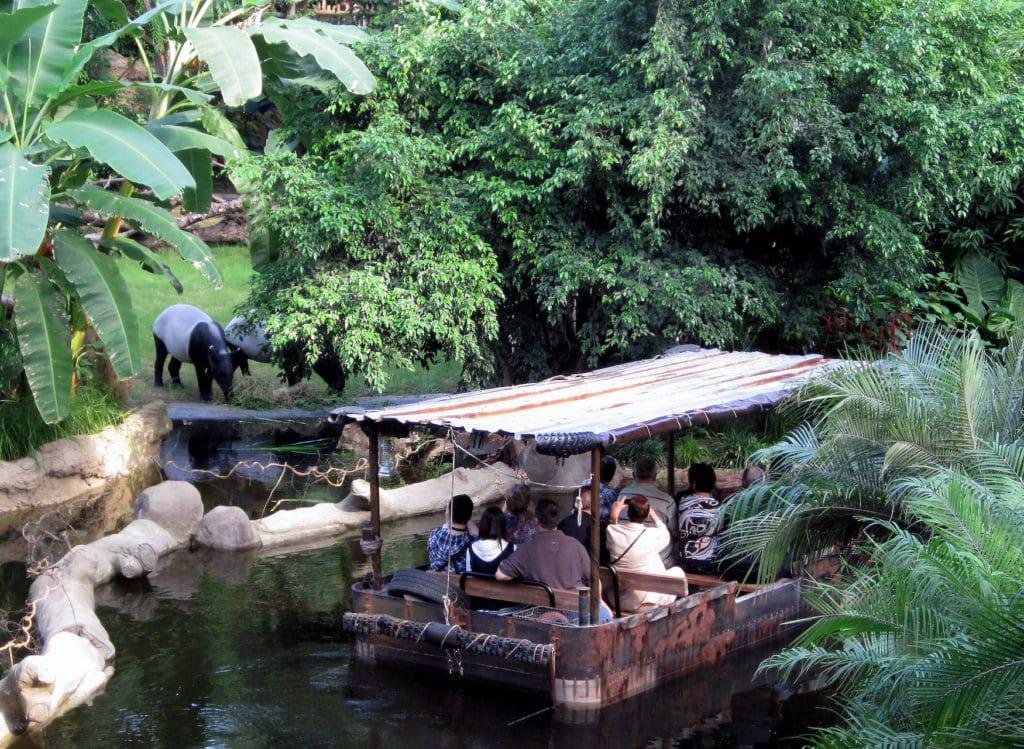 Mit dem Boot durchs Gondwanaland im Zoo Leipzig
