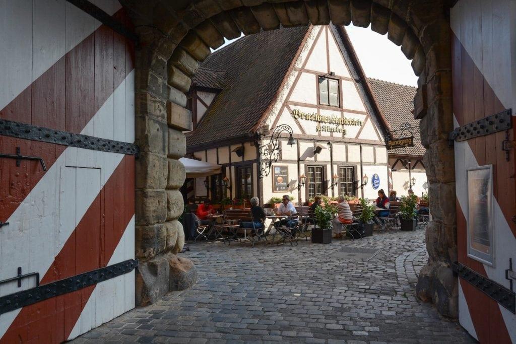 entrance to the beer garden felsenkeller