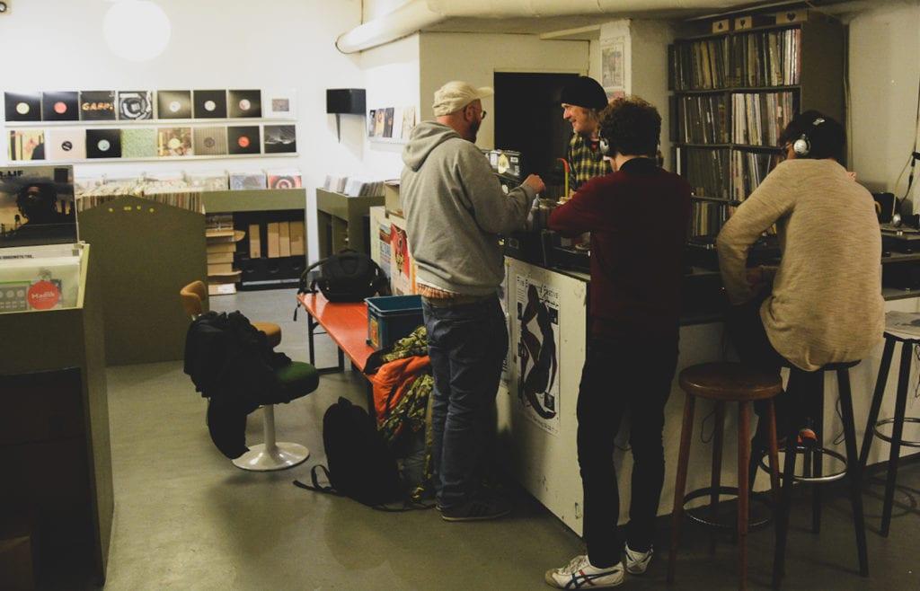 Groove Attack Records - Schallplattenladen in Köln von innen