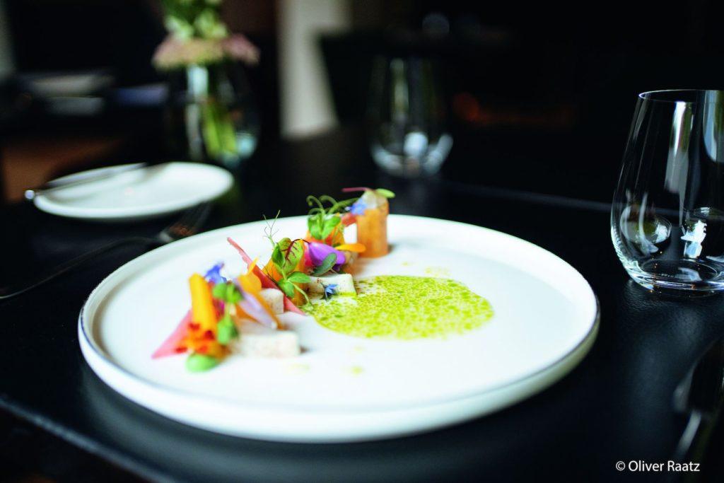 Schön drapiertes Gericht im Restaurant Esplanade in Saarbrücke im Saarland