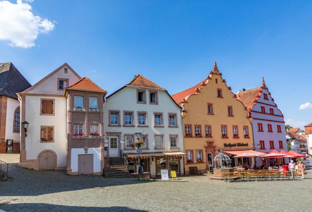 Fachwerkhäuser am Marktplatz in Sankt Wendel