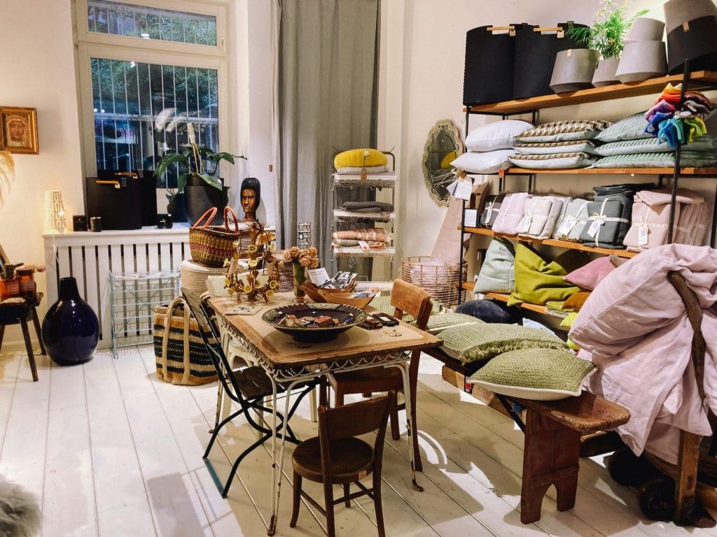 """Interior des Shops """"Blickwerke"""" im Süden Kölns"""