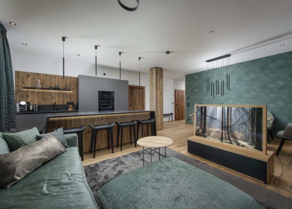 Großzügiger Wohnraum in Ferienwohnung am Tegernsee