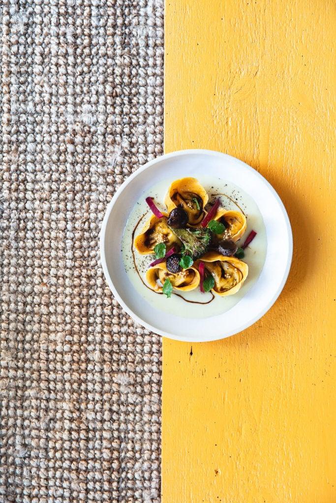 Tortellini in einem nachhaltigen Restaurant in Berlin