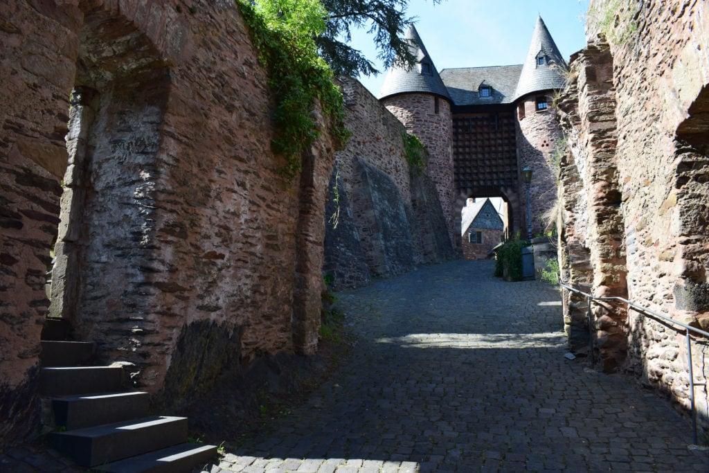 Burg Hengebach, eine der Sehenswürdigkeiten bei Aachen