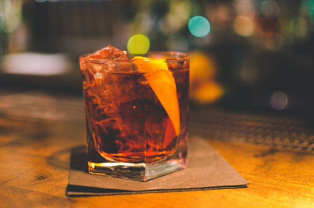 Cocktail in einer Bar
