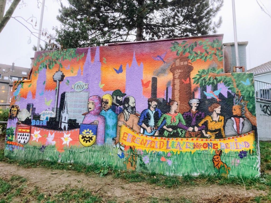 Street-Art an Hauswand in Köln Ehrenfeld