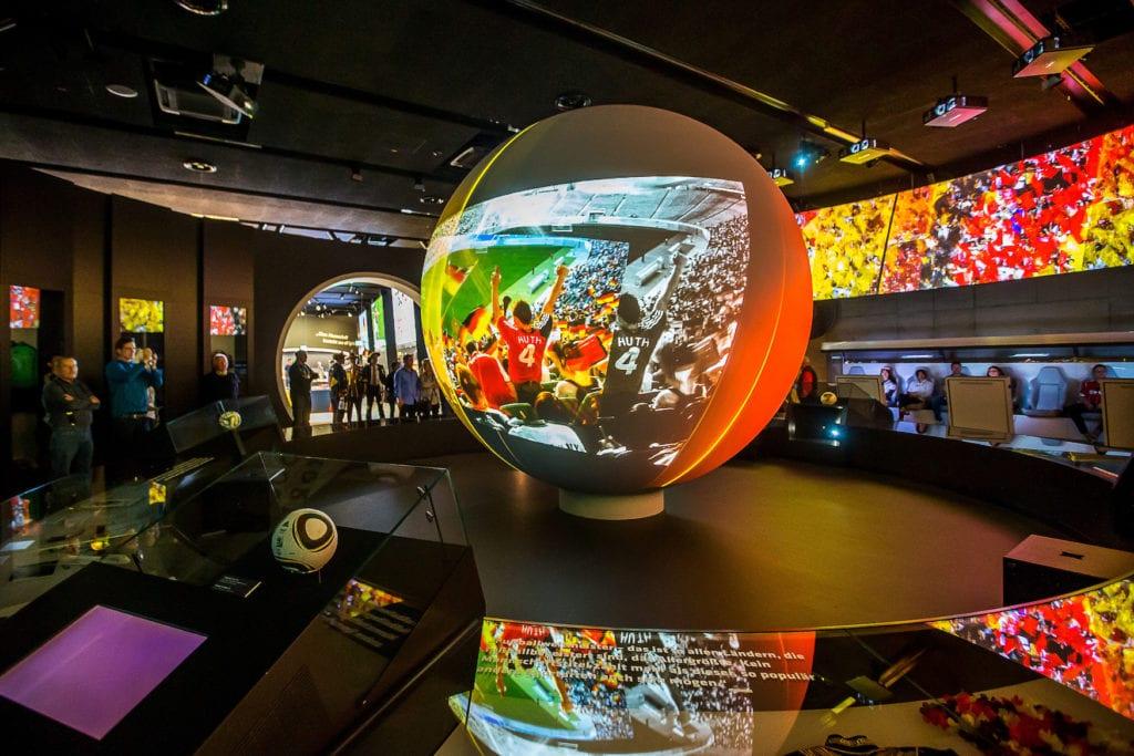 Multimedia-Installation im Fußballmuseum in Dortmund