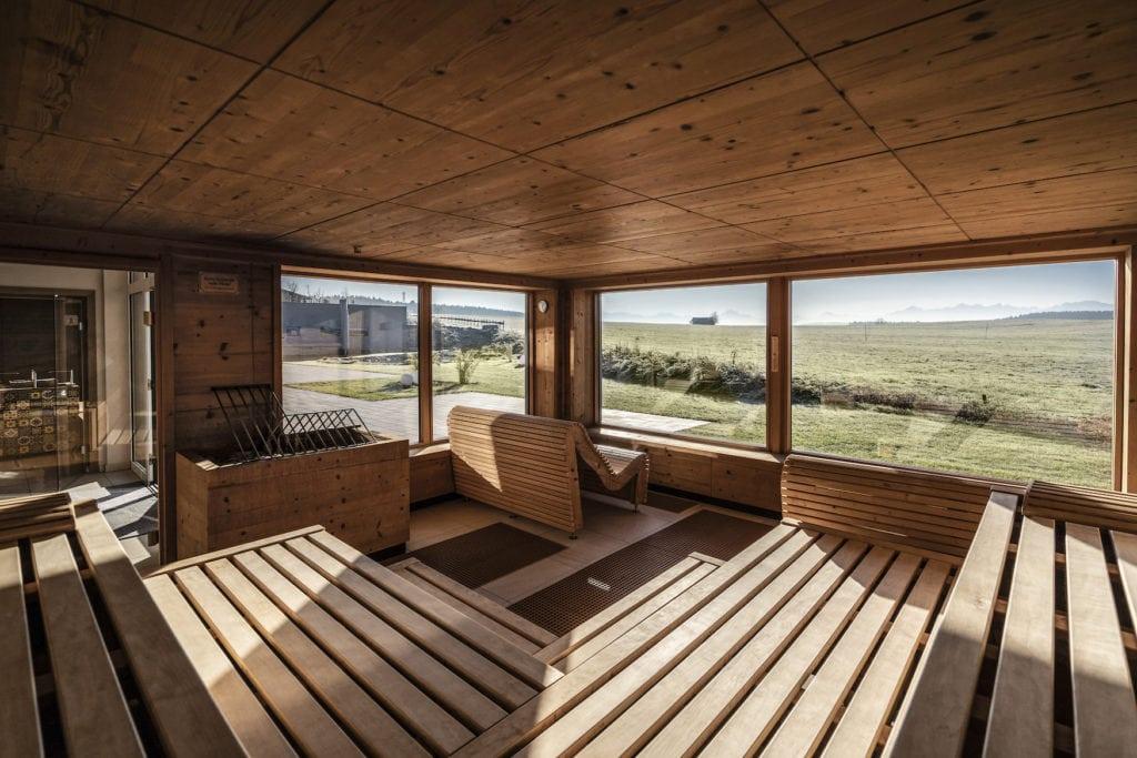 Was ein Panorama aus der Sauna im Hotel Das Weitblick Allgäu