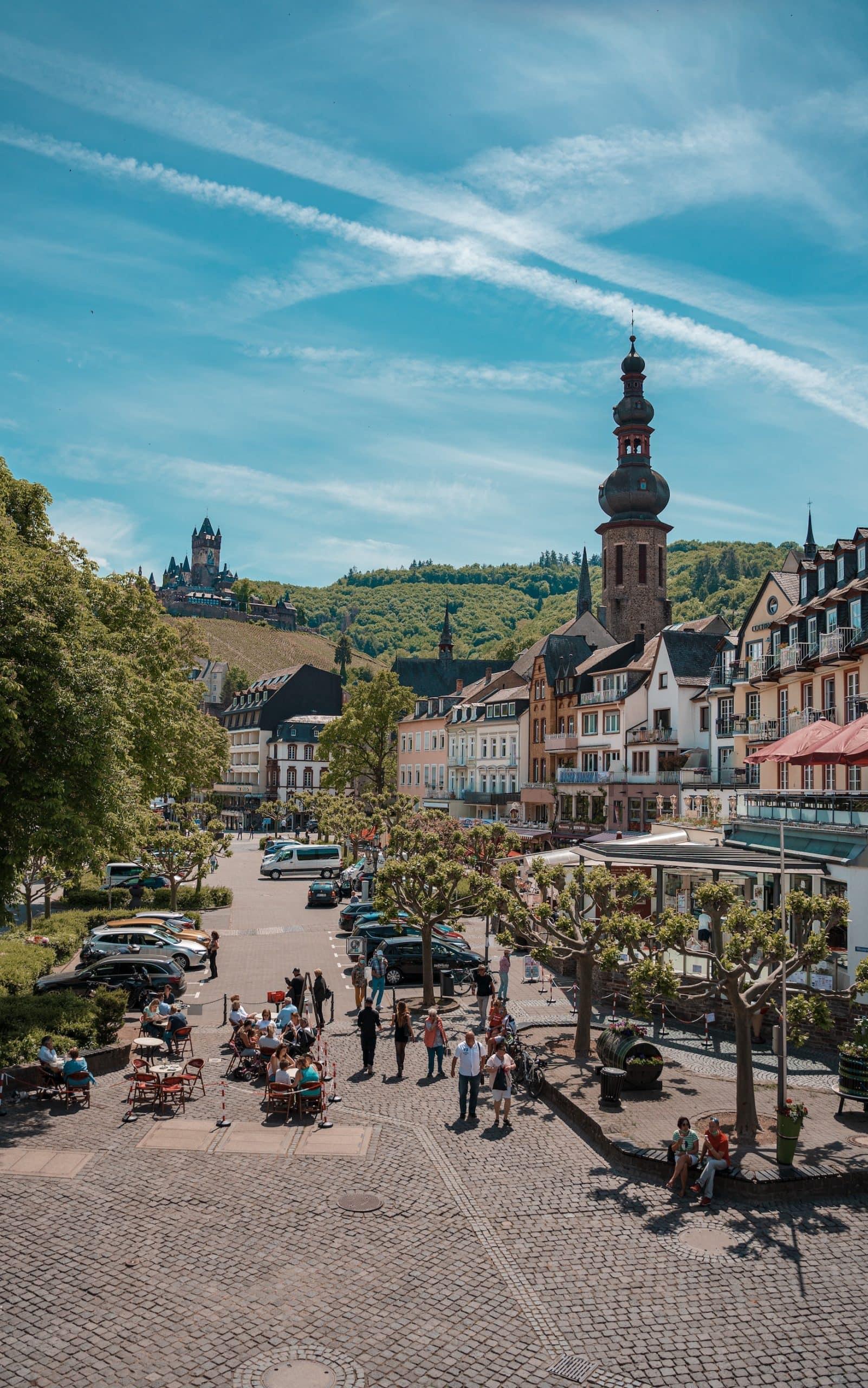 Cochem ist ein Stopp auf dem Moselsteig, einem der schönsten Fernwanderwege in Deutschland