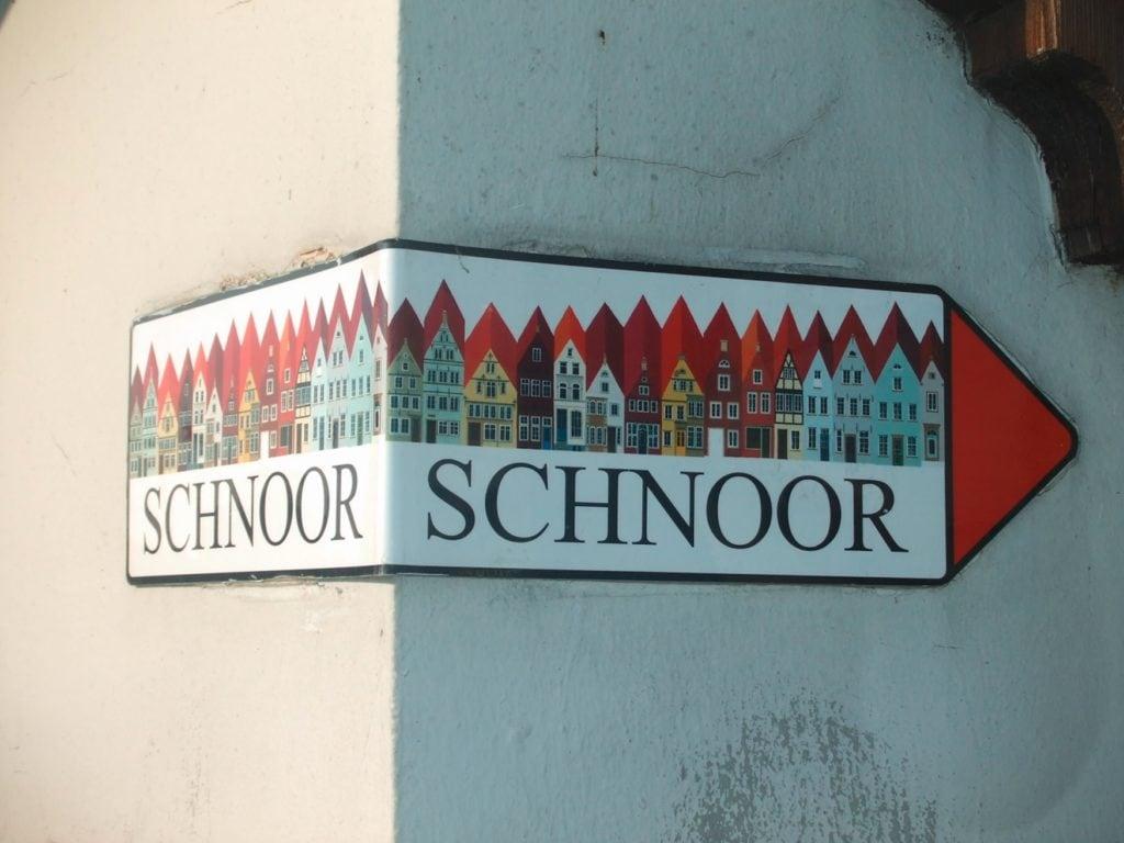 Schnorr-Wegweiser in der Altstadt von Bremen