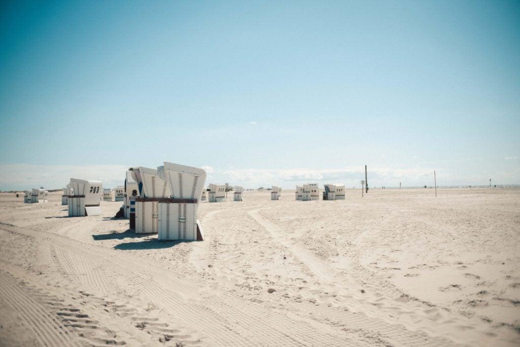 Strandkörbe am Strand von St. Peter-Ording