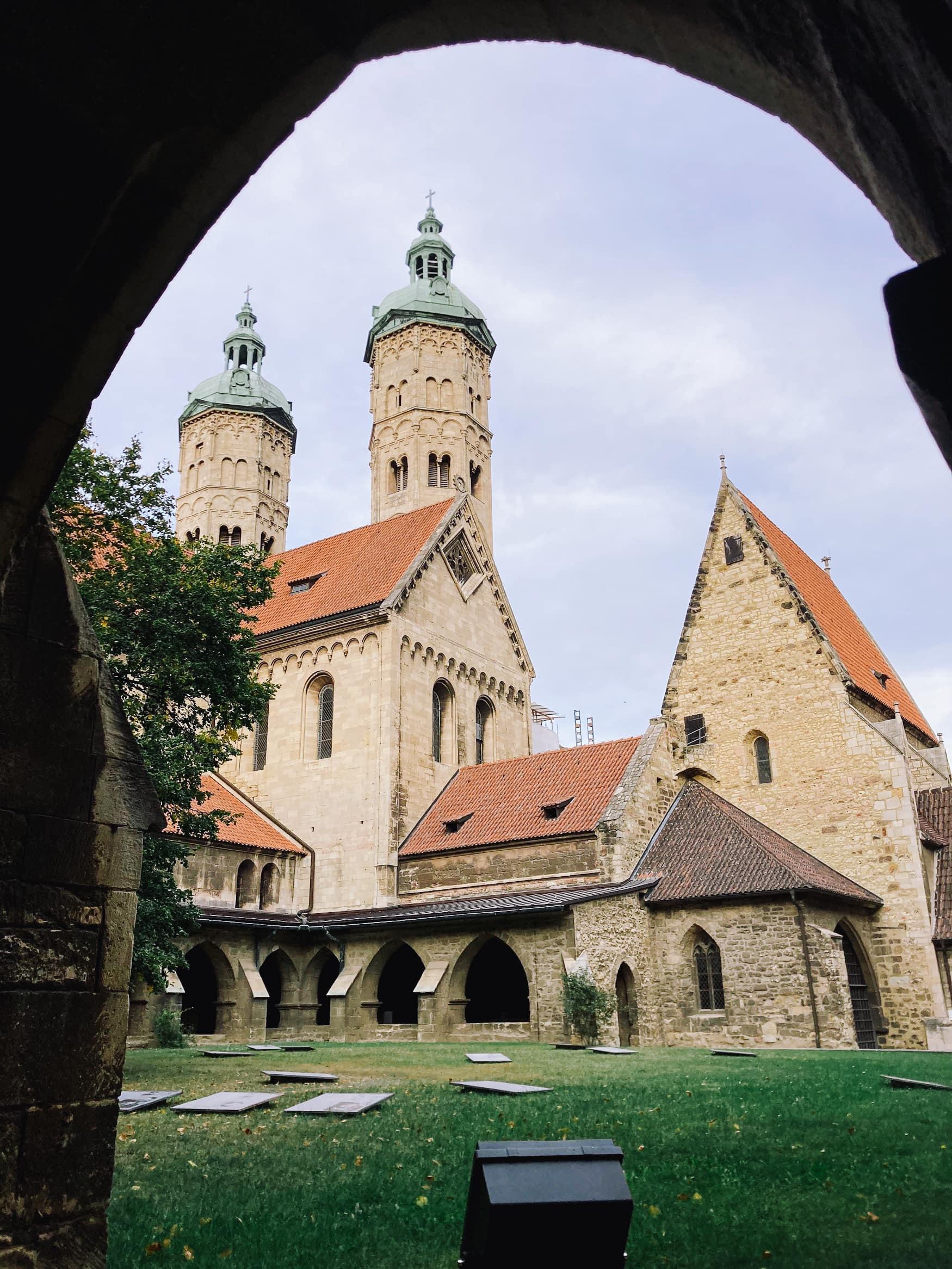 Naumburger Dom kurz vor der Mündung der Unstrut