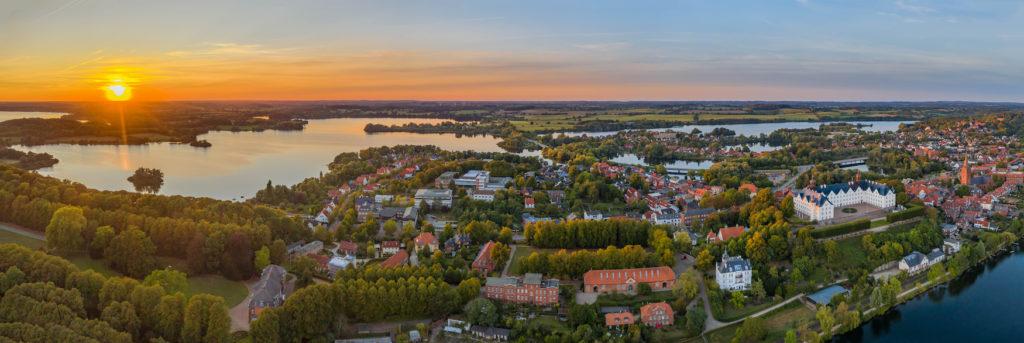 Ostsee Geheimtipps: Ein Besuch der Stadt Plön