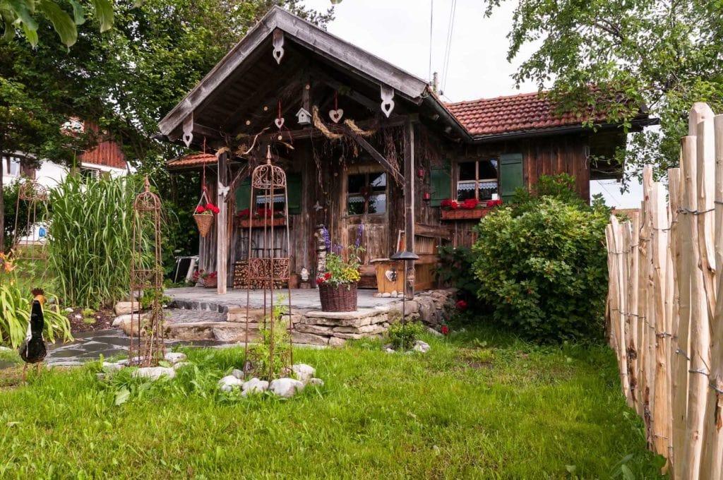 Märchenhütte des Biohofs Schöll im Allgäu