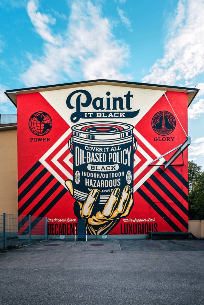 Rotes Mural in München