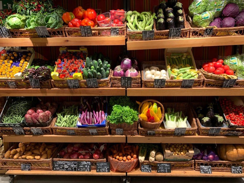 Fürs Kochen im Wohnmobil sollte man unbedingt in lokalen Hofläden einkaufen gehen