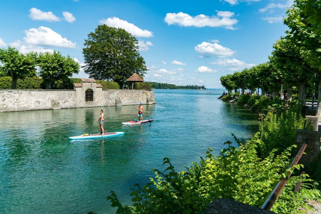Einer der besten SUP-Spots in Deutschland ist der Bodensee in Konstanz