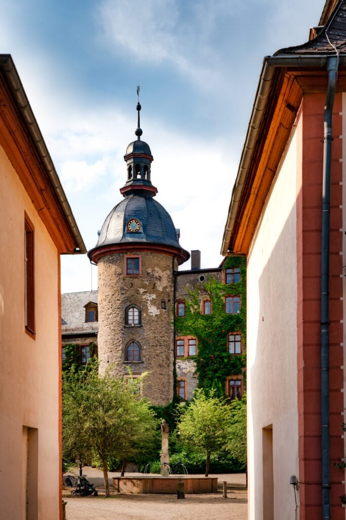 Nahaufnahme des Schloss Laubach in Hessen